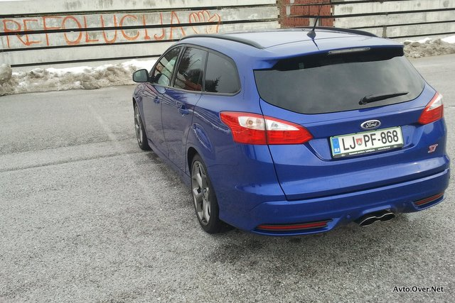 ford focus ST wagon ritka 2013