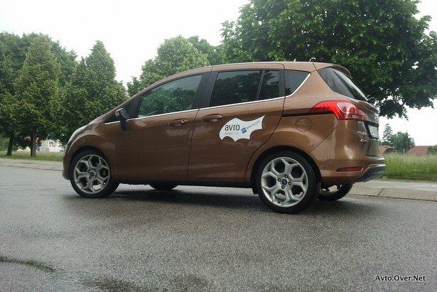 """Rally"" vozilo ekipe Avto.Over.Net - B-max 1.0 EcoBoost"
