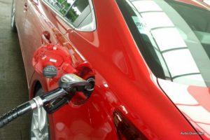 Sistem i-stop izboljša okoljsko zmogljivost vašega vozila z ugašanjem motorja, kadar je avto v prostem teku. Sistem i-stop je na voljo tako za ročne kot za samodejne menjalnike.