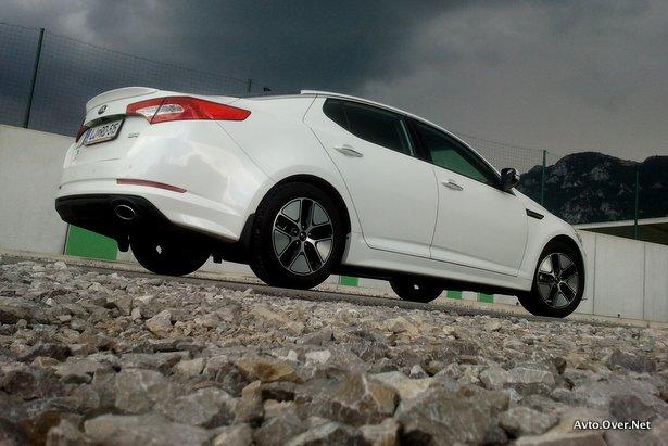 kia optima hybrid 2013