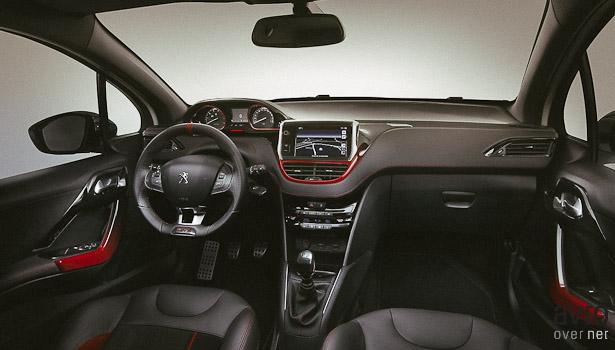 Notranjost 208 GTi