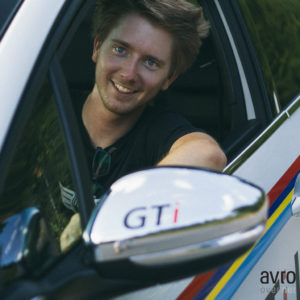 urednik Iztok Franko v novem Peugeot 208 GTi