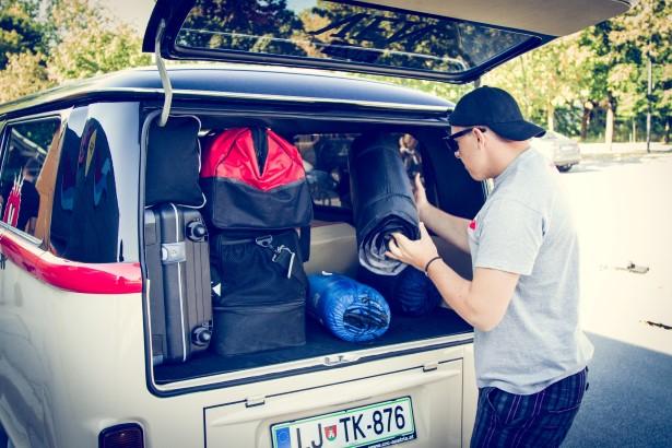 Na nepozabni road trip so se fantje dobro pripravili in založili s prtljago.