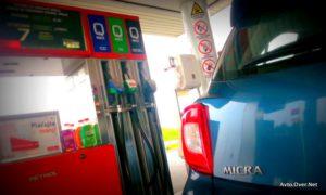 nissan micra in petrol črpalka 2013 test
