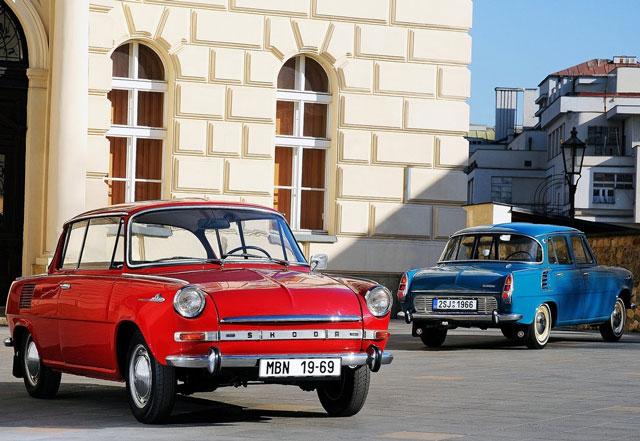 Po 2. svetovni vojni oz. leta 1964 je bil prvi avtomobil z motorjem v zadku glavni igralec v razvoju avtomobilizma.