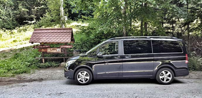 Aleš: Premium potovalnik Mercedes-Benz razred V (220 CDI)