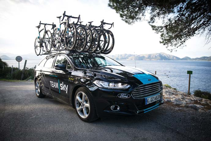 ford-mondeo-kolesarstvo