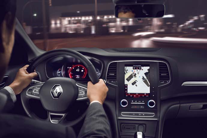 Renault_megane-za-volanom