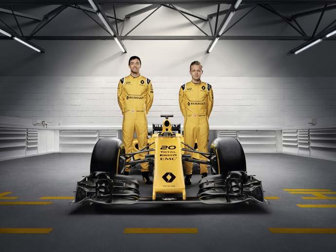Renault-Sport-Formula-One-voznika