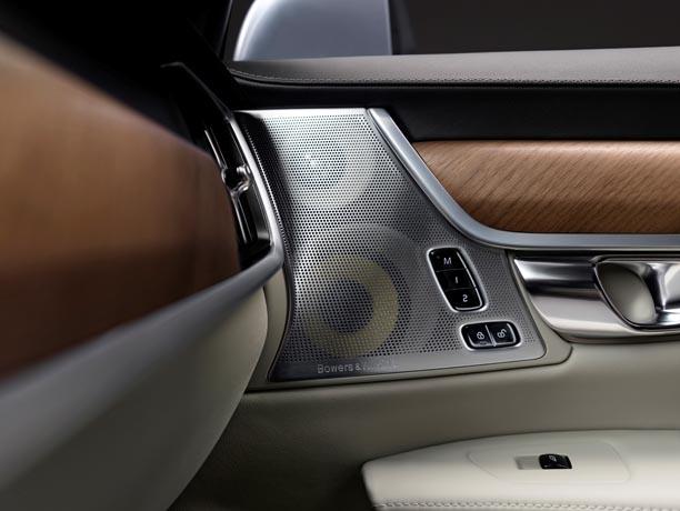 Interior Bowers and Wilkins Door Speakers Volvo S90 1