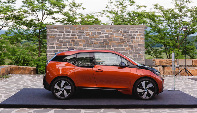 P90223245_highRes_bmw-i3-with-extended