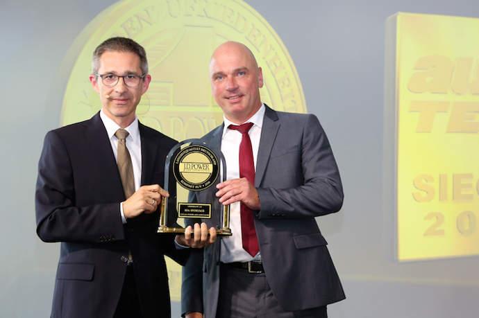 J.D._Power_award_handover