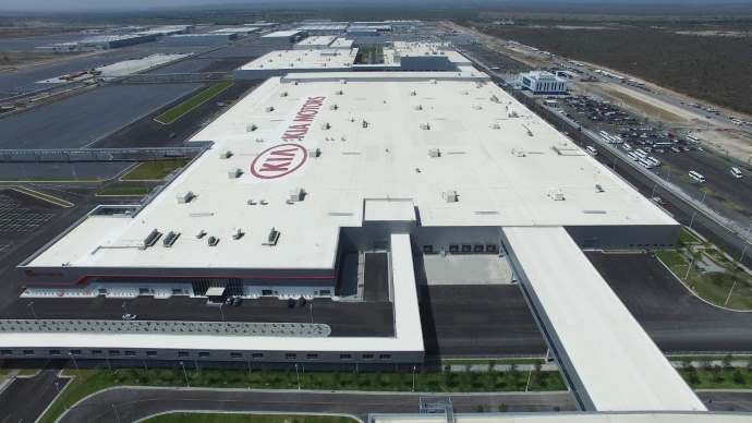 kia-motors-mexico_assembly-shop-medium