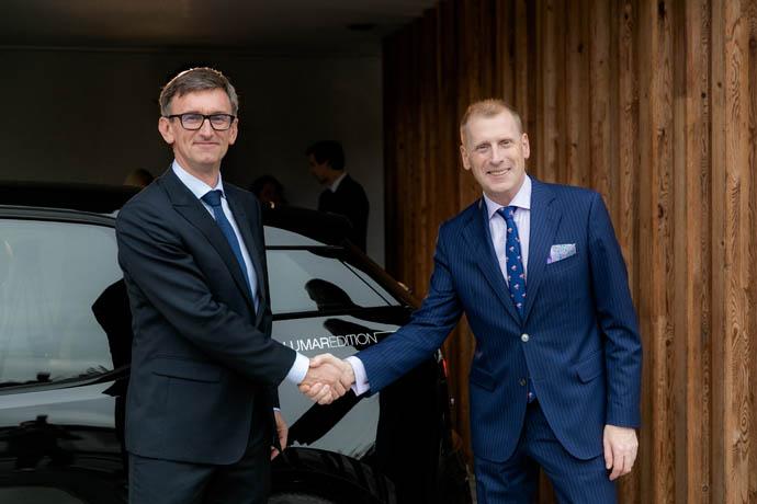 Na levi: Marko Lukič, direktor Lumar. Na desni: Maciej Galant, generalni direktor BMW Group Slovenija