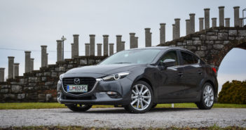 Mazda 3 facelift 2017