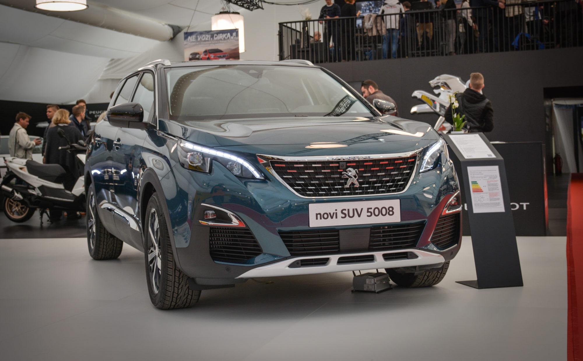 Novo doma: Peugeot 5008 (zakaj je SUV zamenjal enoprostorca?)