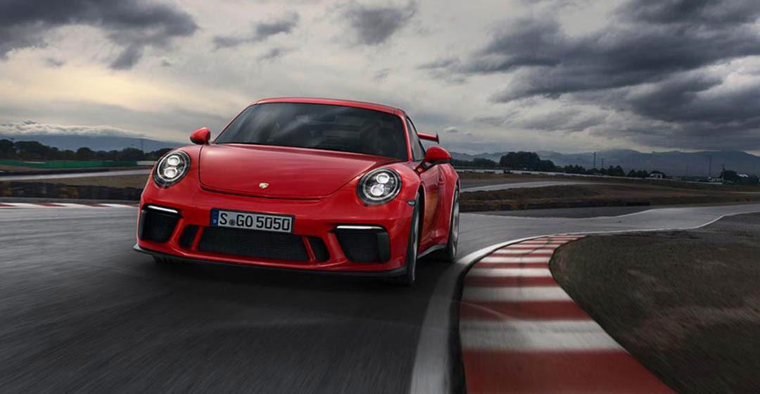 Novi Porsche 911 GT3 z novim 4-litrski bokser motorjem