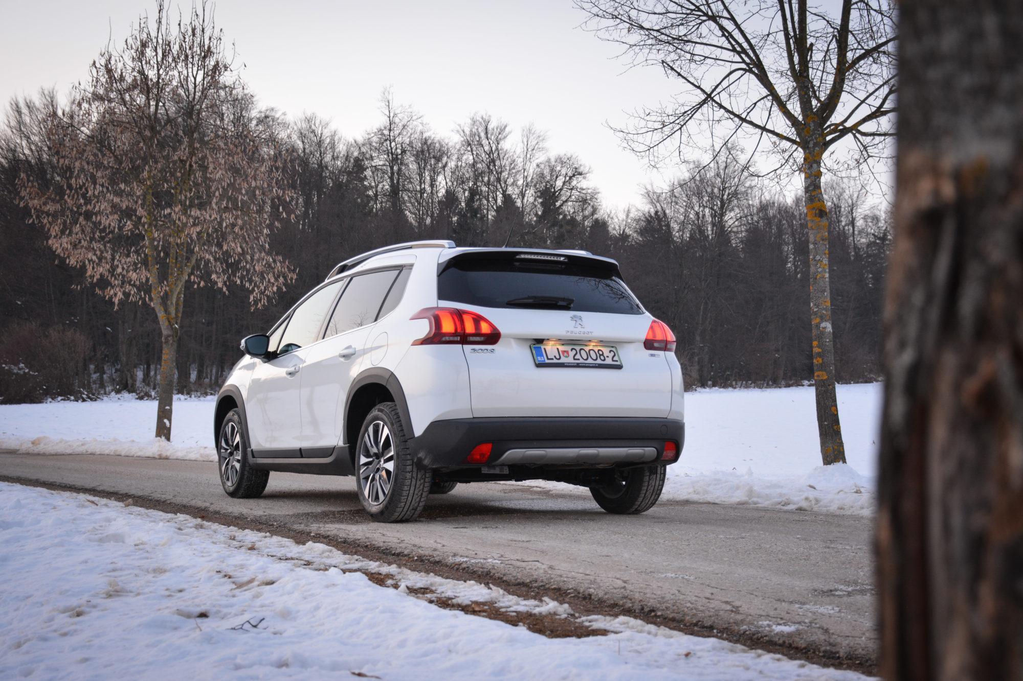 Test: Peugeot 2008 Allure 1.2 THP 110 (ustvarjen, da vam olajša življenje)