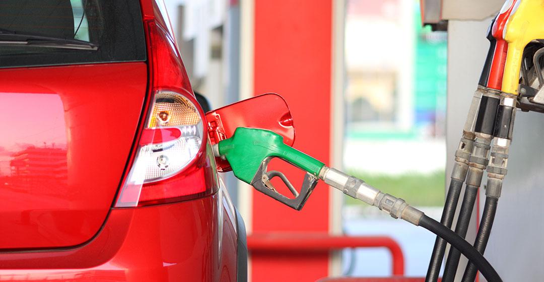 Koliko vas stane točenje napačnega goriva?