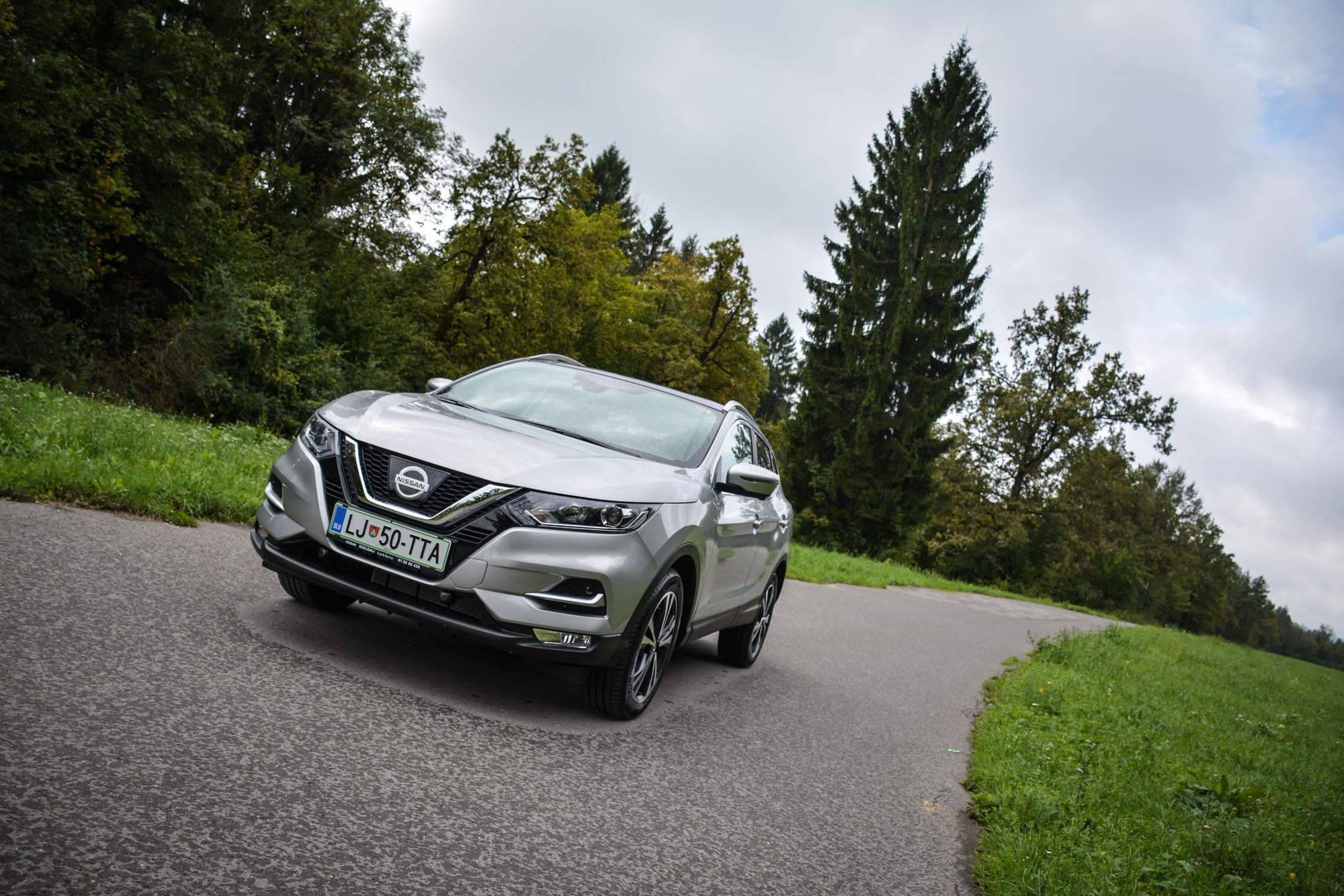 Novo doma: Nissan Qashqai (prijetna osvežitev pionirjeve druge generacije)