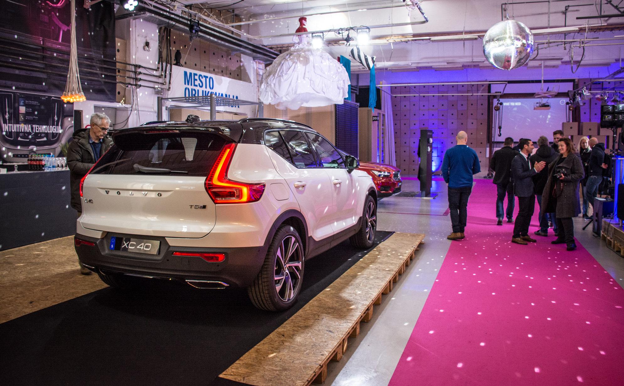 Novo doma: Volvo XC 40 (stilsko dovršeni baby crossover)