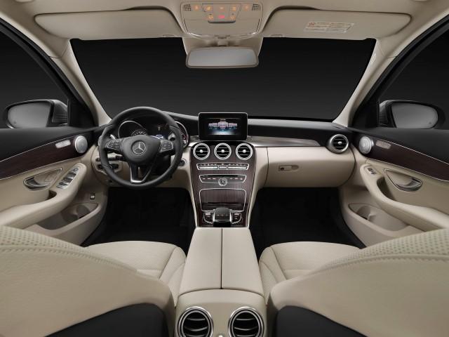 Notranjost Mercedes-Benz C 200 BlueTEC