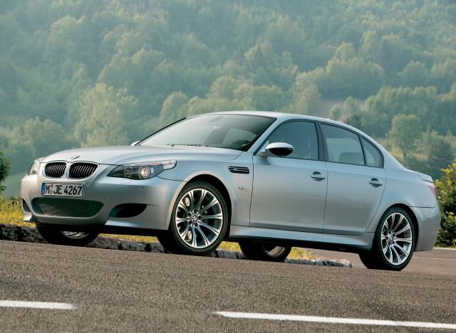 Nova izvedba modela BMW M5 je imela vse potrebno, da spiše novo poglavje v izjemno svetli zgodovini modela.