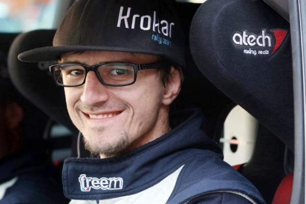 Na polovici relija se je 22-letni Novak celo še boril za zmago v konkurenci slovenskega državnega prvenstva