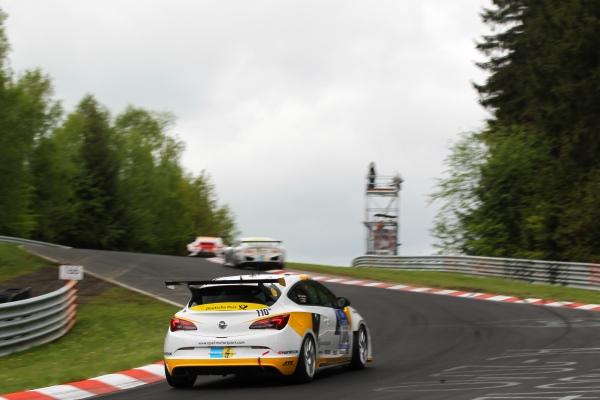 Dirkaška različica Astre OPC, osnova modelov CUP, je bila za tekmovalno sezono 2014 posodobljena