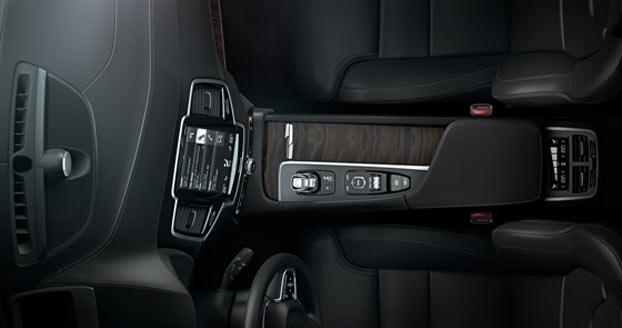 Volvo-(2)-(1)