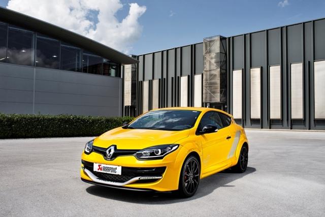 Renault v prodajo zdaj pošilja Megana RS Trophy, ki stane 33.990 evrov.