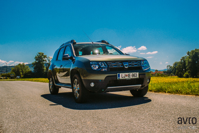 Dacia Duster ostaja resen terenec.
