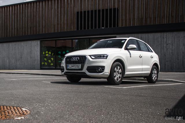 Audi Q3 oblikovno sledi večjima bratoma Q5 in Q7.