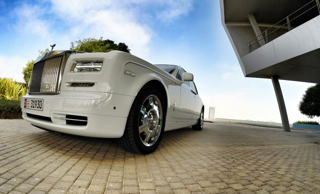 V12 v dolgem nosu Phantoma.