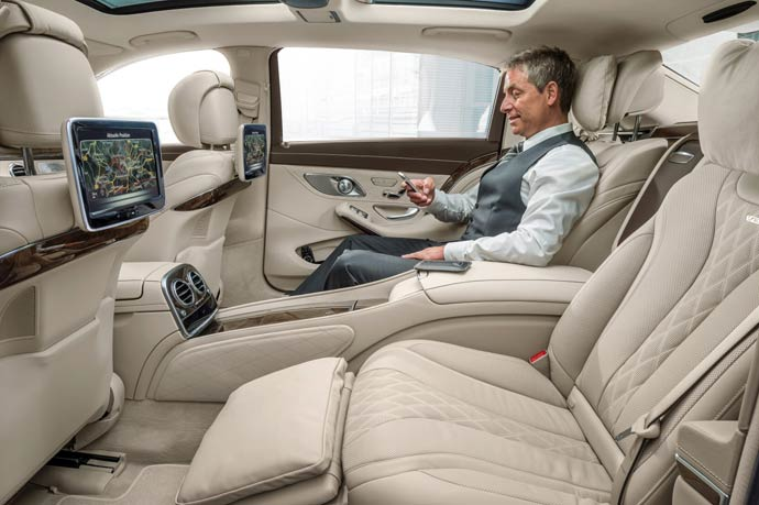 Mercedes-Maybach-S600--01