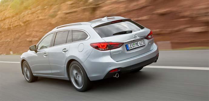 2015_Mazda6_zadaj