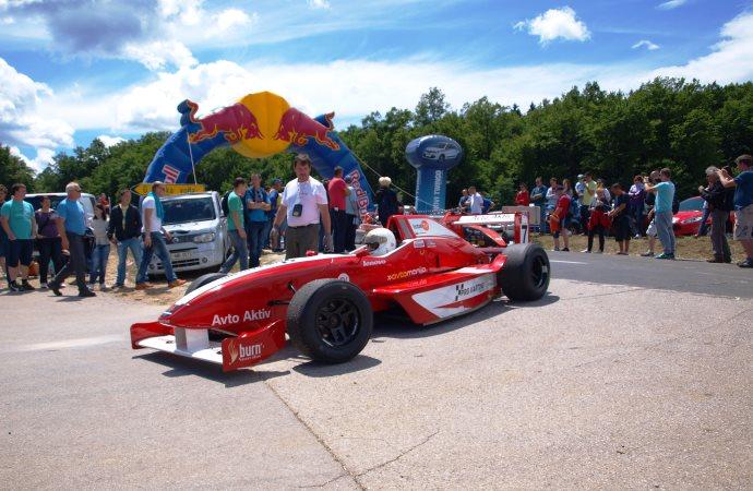 Vladimir Stankovič je končal prvo dirko letos