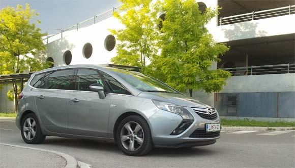 Opel-zafira-tourer-spredaj-test-2012