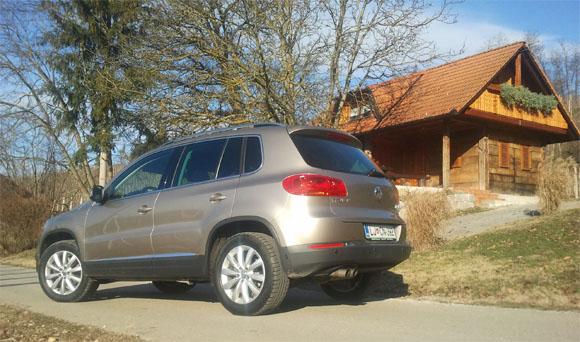 Vozite tudi vi vozilo Volkswagen Tiguan? Vam luči delujejo?